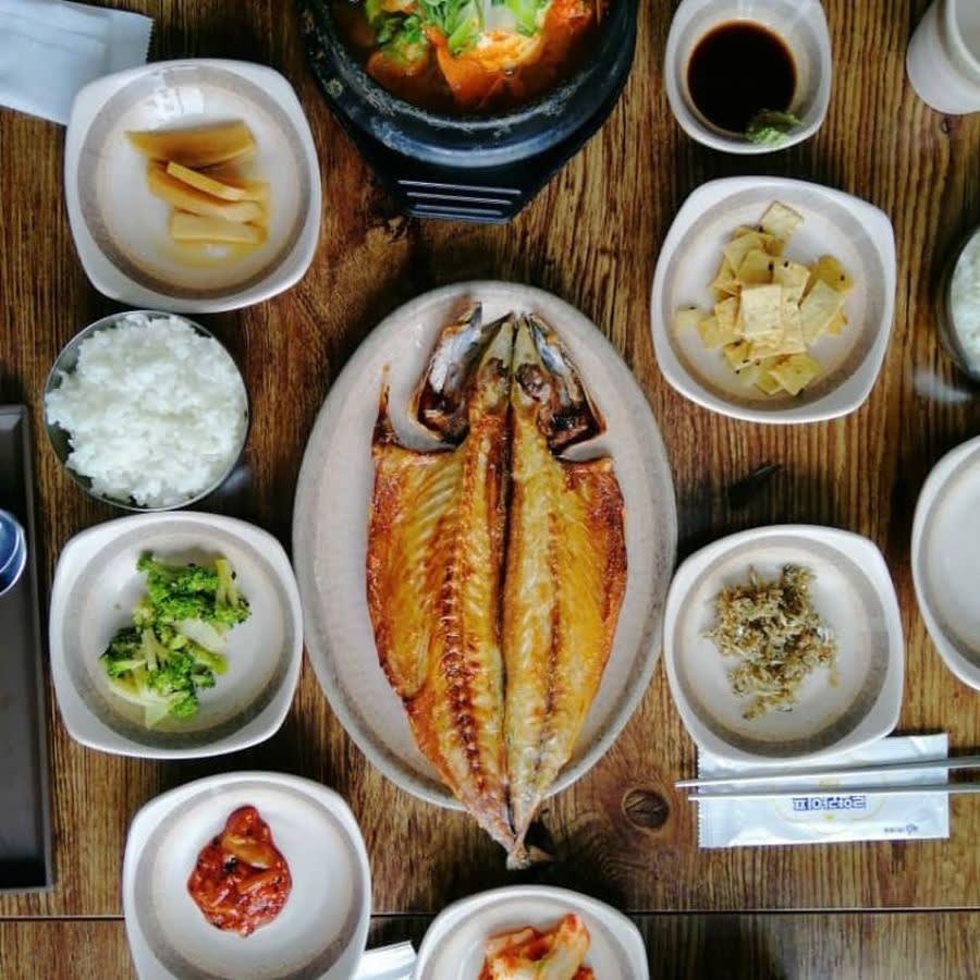 10 Makanan Halal Di Korea (Di bawah 10,000 KRW) Anda Perlu Cuba Sebelum Terlambat