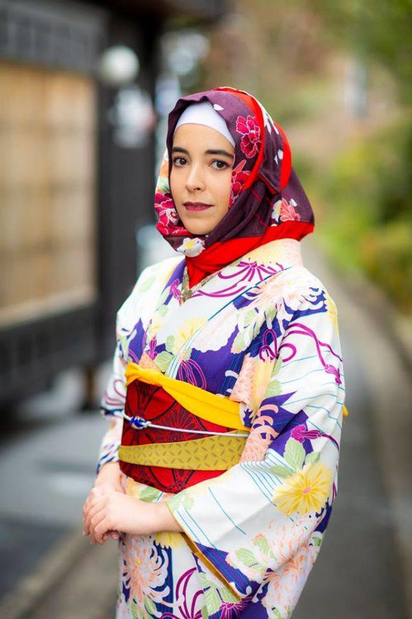 Di-Kyoto-Kedai-Ini-Memudahkan-Anda-Menyewa-Hijab-Memilih-Dengan-Kimono-Anda.jpgDi-Kyoto-Kedai-Ini-Memudahkan-Anda-Menyewa-Hijab-Memilih-Dengan-Kimono-Anda.jpg