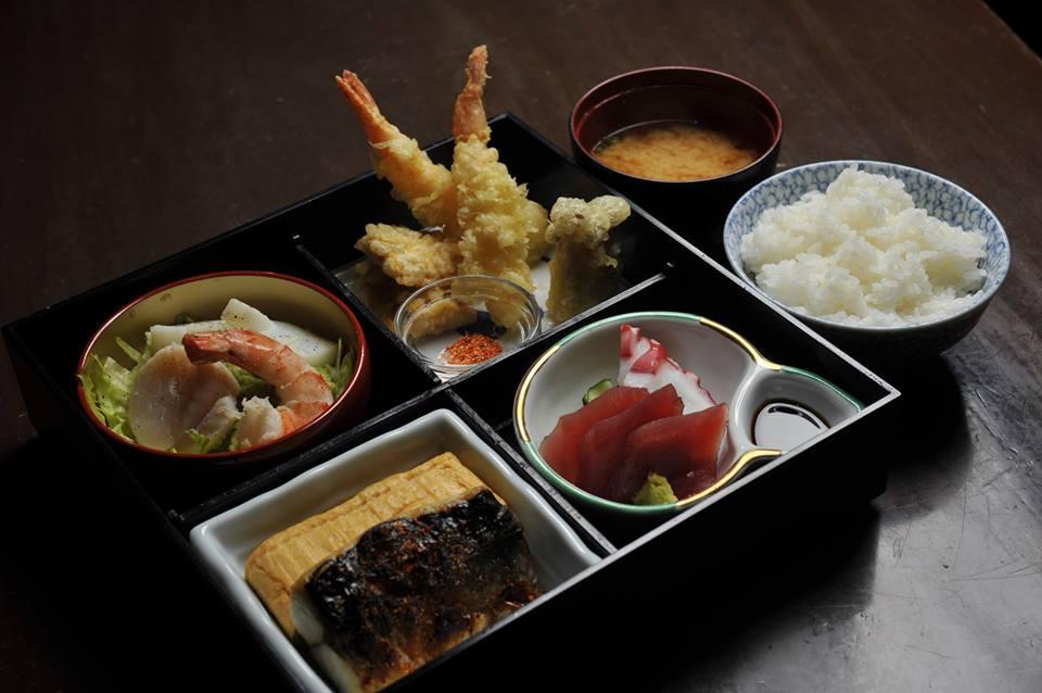 5-Restoran-Halal-Wajib-Cuba-Di-Tokyo.-Ramen-Tempura-Semuanya-Ada5.jpg