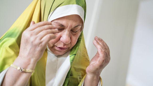 Kisah Makbul Doa Seorang Ibu; Berkat Reda Mata Anaknya Pulih