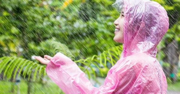 Rupanya Mandi Hujan Ialah Sunnah Yang Dilakukan Rasulullah Dan Sahabat